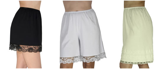 Underworks 100% Cotton Lace Trimmed pettipants
